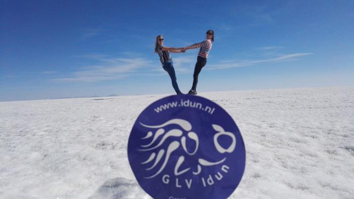 Salar_de_Uyuni_Bolivia_10.781_km_Esmee_Castermans_en_Renate_Kat.jpg